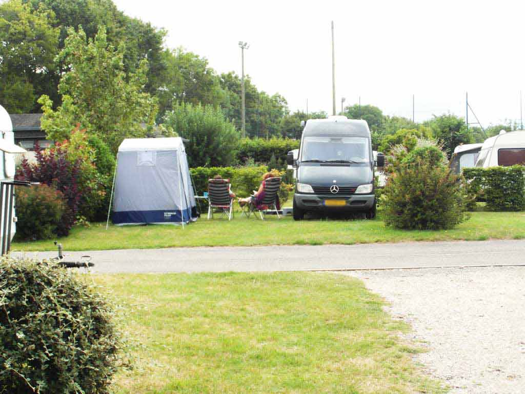 emplacement camping-cars veules les roses