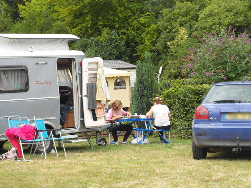 emplacements camping-cars veules les roses